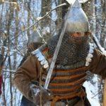 Ламеллярный доспех восточнославянского ратника начала 13 века