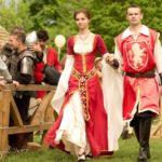 Турнир на копьях и средневековые танцы в Гомеле