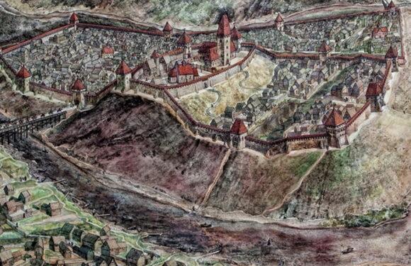 Древнерусская мужская свита (уникальная находка 12-13 века из Витебска)